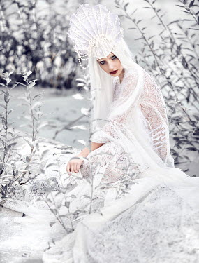 Margarita Kareva WOMAN DRESSED ALL IN WHITE Women