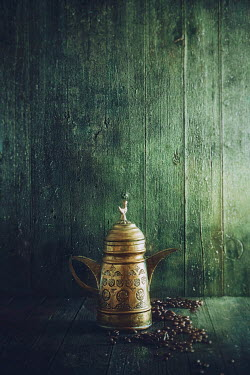 Drunaa Rustic old coffee pot Miscellaneous Objects