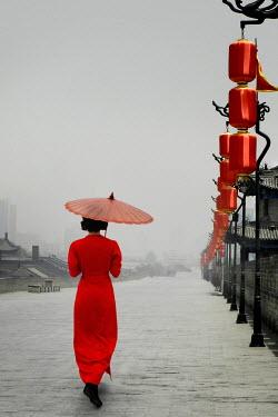 ILINA SIMEONOVA ASIAN WOMAN WALKING WITH PARASOL BY LANTERNS Women