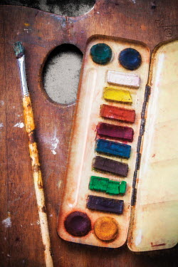 Amy Weiss WATER COLOUR PAINTS ON PALETTE Miscellaneous Objects