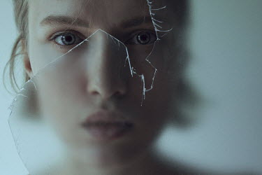 Marta Bevacqua YOUNG WOMAN BEHIND BROKEN GLASS PANE Women