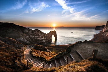 Ollie Taylor BRITISH COAST AT SUNSET Seascapes/Beaches