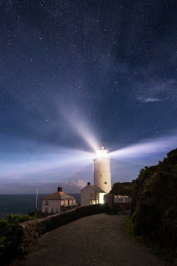 Ollie Taylor LIGHTHOUSE AT NIGHT Seascapes/Beaches