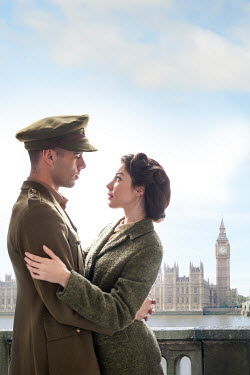 Lee Avison VINTAGE WARTIME COUPLE IN LONDON Couples