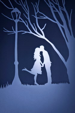 Emma Goulder PAPER CUT OUT OF KISSING COUPLE Couples
