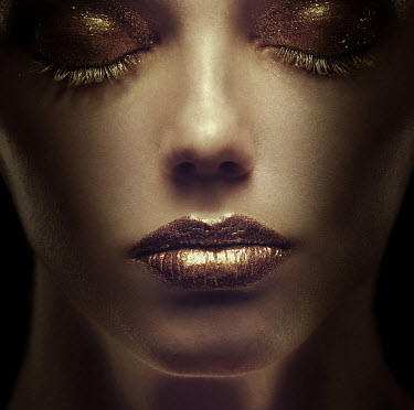 Dmitry Ageev CLOSE UP OF WOMAN IN GLITTERY MAKE-UP Women