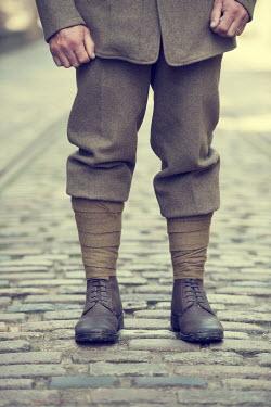 Lee Avison VINTAGE SOLDIER ON COBBLED STREET Men