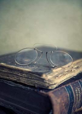 Jaroslaw Blaminsky VINTAGE SPECTACLES ON OLD BOOKS Miscellaneous Objects
