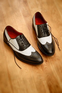 Michael Trevillion RETRO BLACK AND WHITE BROGUE SHOES Miscellaneous Objects