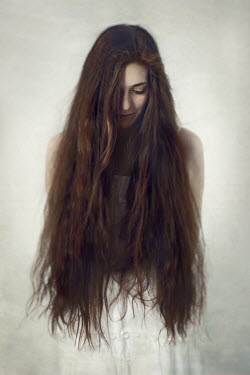 Hanna Seweryn YOUNG WOMAN WITH LONG BRUNETTE HAIR Women