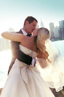 ILINA SIMEONOVA BRIDE AND GROOM KISSING IN NEW YORK Couples