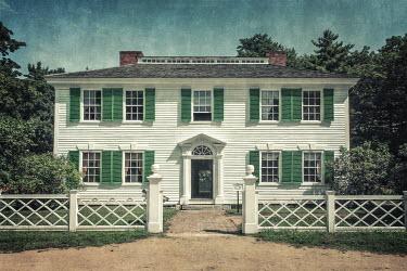 Evelina Kremsdorf GRAND AMERICAN WEATHERBOARD COUNTRY HOUSE Houses
