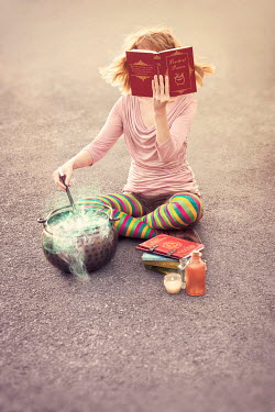 Emma Goulder WITCH WOMAN CASTING SPELL IN CAULDRON Women