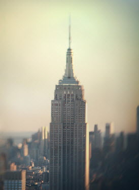 Mark Owen EMPIRE STATE BUILDING AT SUNRISE Specific Cities/Towns
