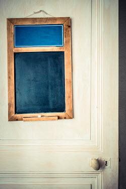 Elly De Vries HANGING WOODEN BLACKBOARD ON DOOR Miscellaneous Objects