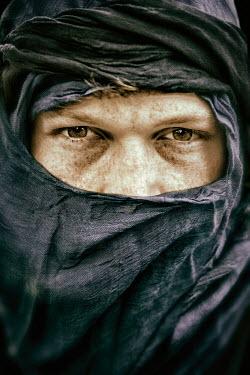 Yolande de Kort MUSLIM MAN WITH BROWN EYES WRAPPED IN SCARFS Men