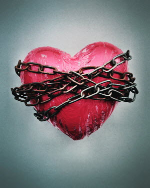 Peter Hatter RED HEART WRAPPED IN CHAINS Miscellaneous Objects
