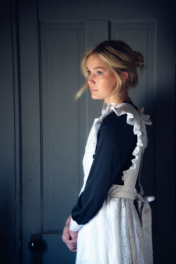 Elisabeth Ansley YOUNG BLONDE HISTORICAL MAID BY DOOR Women