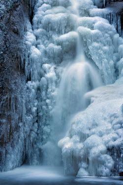 Viktoria Haack FROZEN ICY WATERFALL Snow/ Ice
