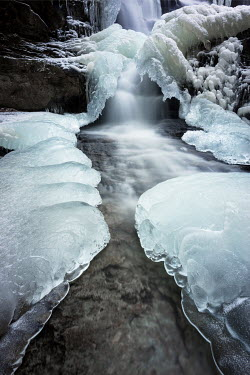Viktoria Haack FROZEN ICY WATERFALL AND LAKE Snow/ Ice