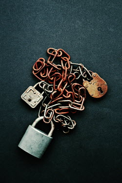 Peter Hatter RUSTY METAL CHAINS AND PADLOCKS Miscellaneous Objects