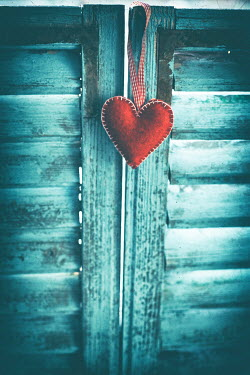Ildiko Neer RED HEART ORNAMENT HANGING ON DOOR Miscellaneous Objects