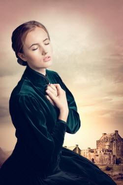 Elisabeth Ansley VICTORIAN WOMAN DREAMING BY CASTLE Women