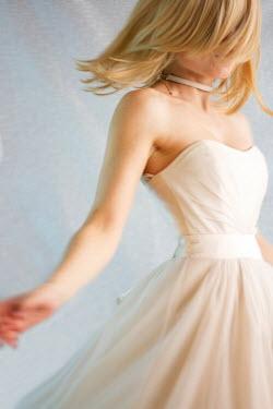 Nilufer Barin YOUNG BLONDE VINTAGE WOMAN DANCING Women