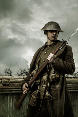 CollaborationJS ww1 soldier with gun in trenches Men