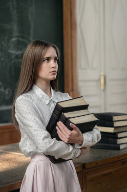 Inna Mosina GIRL WITH BOOKS IN SCHOOL Women