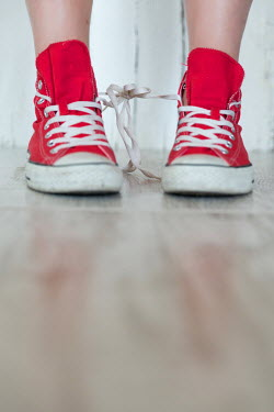 Maria Petkova FEMALE RED SNEAKERS TIED TOGETHER Women