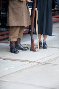 Lee Avison 1940s wartime couple with gun Couples