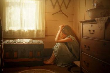 Terrence Drysdale SAD YOUNG GIRL SITTING IN VINTAGE ROOM Men
