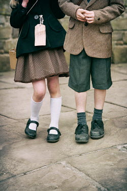 Lee Avison boy and girl evacuees 1940s Children