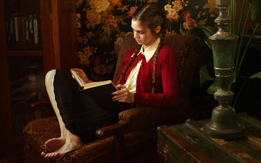 Kate Woodman YOUNG WOMAN READING IN VINTAGE ROOM Women