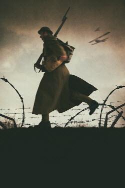 Lee Avison world war one soldier running on the battlefield Men