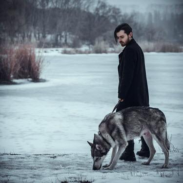 Hellen MAN WITH DOG ON FROZEN LAKE Men
