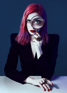 Lidia Vives Rodrigo WOMAN WITH RED HAIR WITH MAGNIFYING GLASS Women