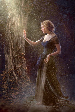 Metra Stelmahere WOMAN CASTING MAGIC SPELL BY DUSTY TREE Women
