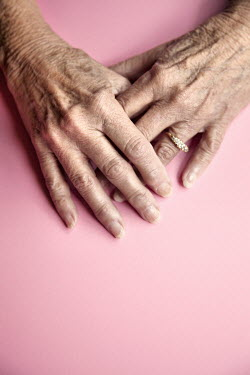 Miguel Sobreira ELDERLY FEMALE HANDS WITH ENGAGEMENT RING Old People