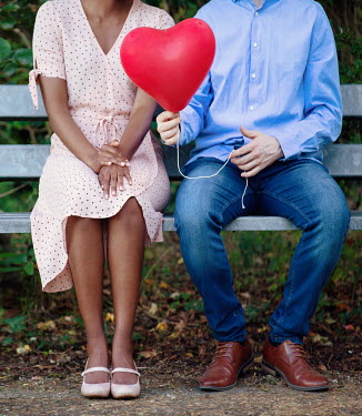 Magdalena Russocka BLACK AND WHITE COUPLE WITH HEART BALLOON Couples