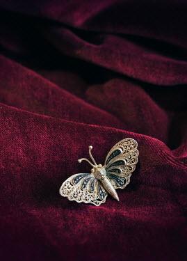 Jaroslaw Blaminsky SILVER BUTTERFLY BROOCH ON PINK VELVET Miscellaneous Objects