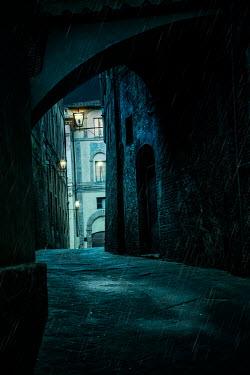 Yolande de Kort MEDIEVAL ITALIAN TOWN IN THE RAIN Streets/Alleys