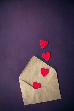Svetlana Bekyarova FOUR RED HEARTS IN BROWN ENVELOPE Miscellaneous Objects
