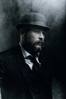 Chad Michael Ward MAN WITH BEARD IN HAT WITH FOG Men