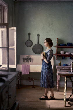 Richard Tuschman RETRO WOMAN AT WINDOW IN KITCHEN Women