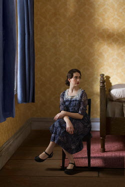 Richard Tuschman RETRO WOMAN SITTING IN BEDROOM Women