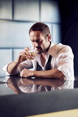 Chris Reeve MAN DRINKING IN BAR ALONE Men