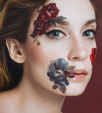 Lidia Vives Rodrigo WOMAN WITH PAINTED FLOWERS ON FACE Women