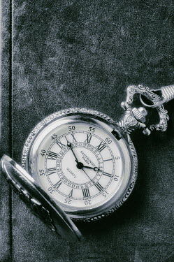 Valentino Sani ORNATE FOB WATCH ON BOOK Miscellaneous Objects